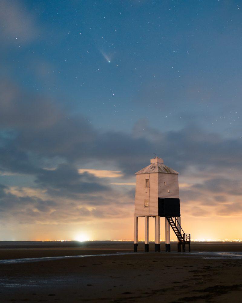 Comet-Neowise-Burnham